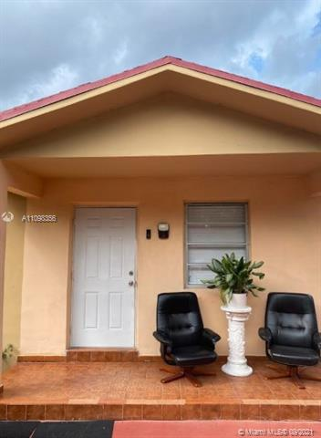 6810 NW 75th St  For Sale A11098356, FL