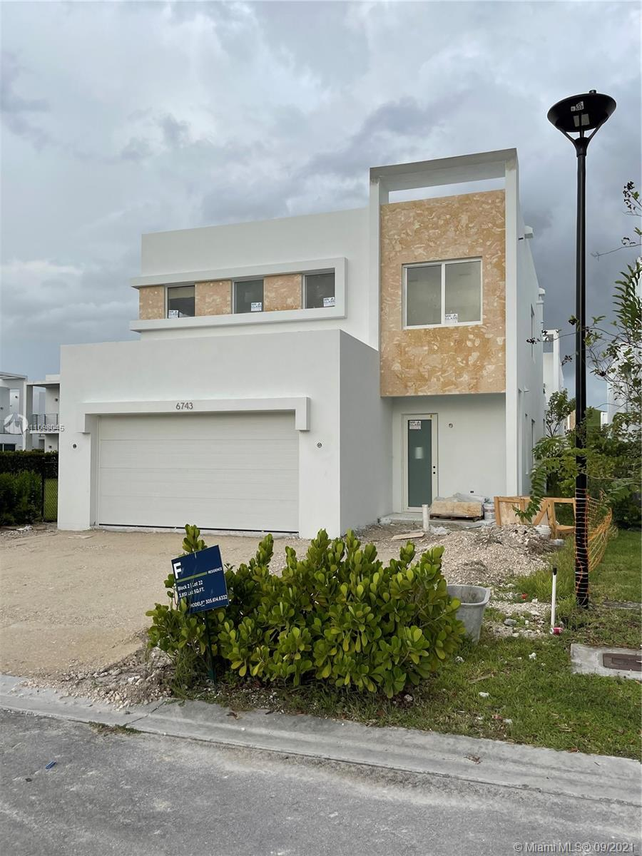 6743 NW 103rd Pl  For Sale A11098045, FL
