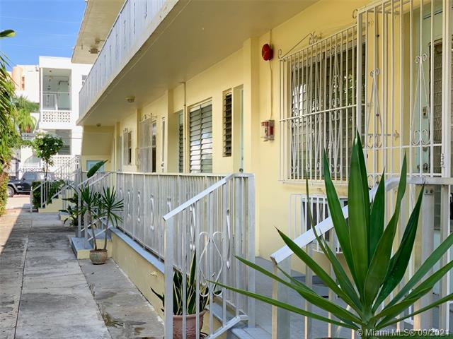 520  Euclid Ave #4 For Sale A11096056, FL