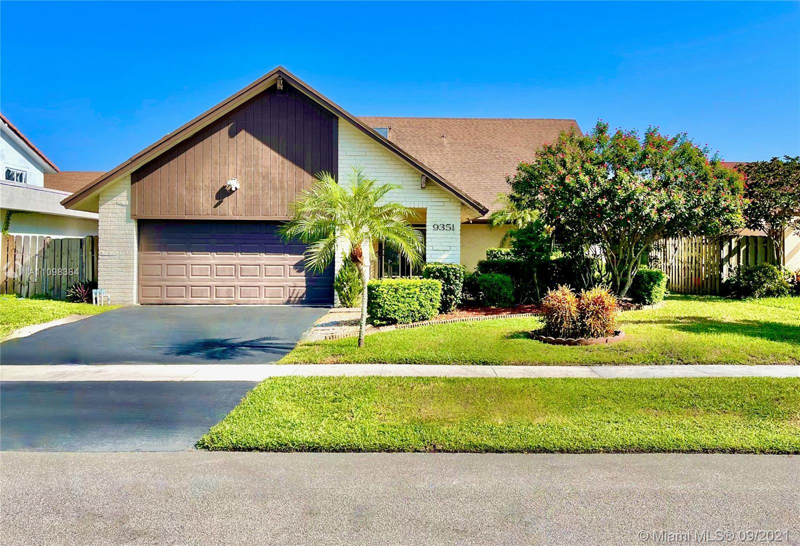 9351 37th Mnr, Sunrise, Florida 33351