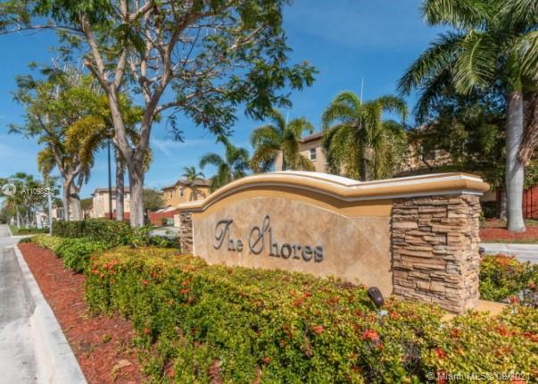 ***OPEN HOUSE SATURDAY SEPTEMBER 18th & SUNDAY SEPTEMBER 19th - 12:00PM - 3:00PM*** This townhouse is nestled in a beautiful resort-style development .  Great starter home features 3 bedrooms, 2 full bath upstairs, and a half bath downstairs.  The small yard is fenced.  The Isles of Bayshore Community has an exercise room, 2 award winning pools and clubhouse, and great walking spaces.  Home has hurricane panels.  Won't last!