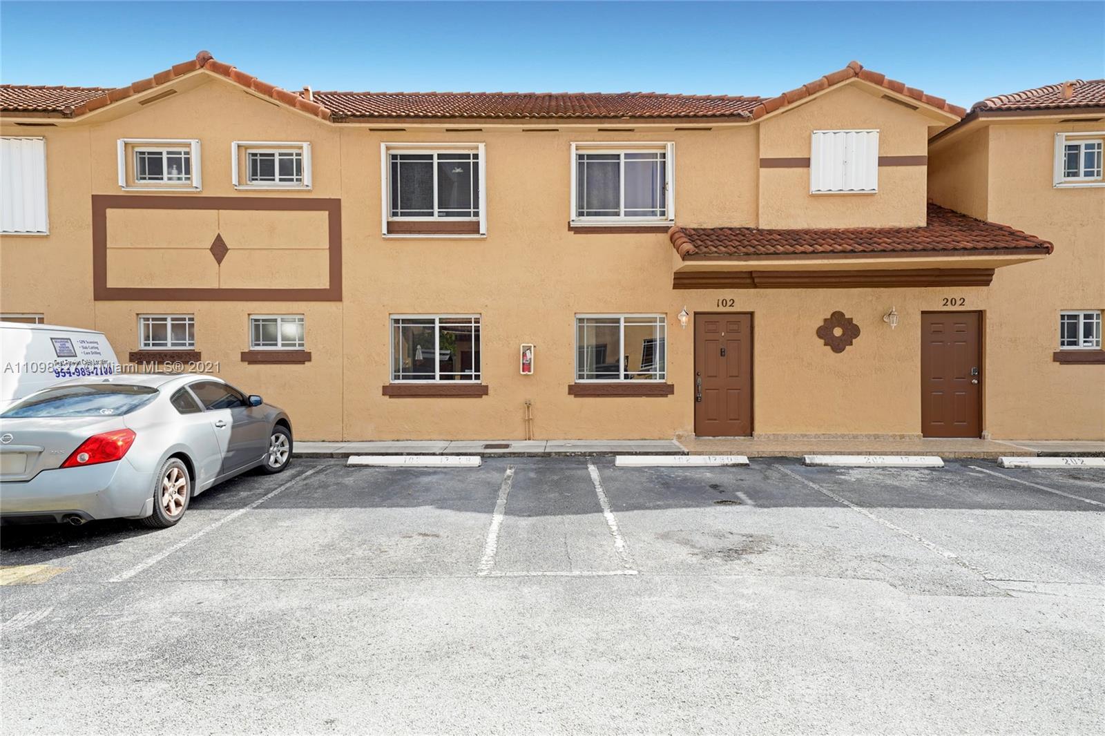 17308 74th Ave Unit 102, Hialeah, Florida 33015