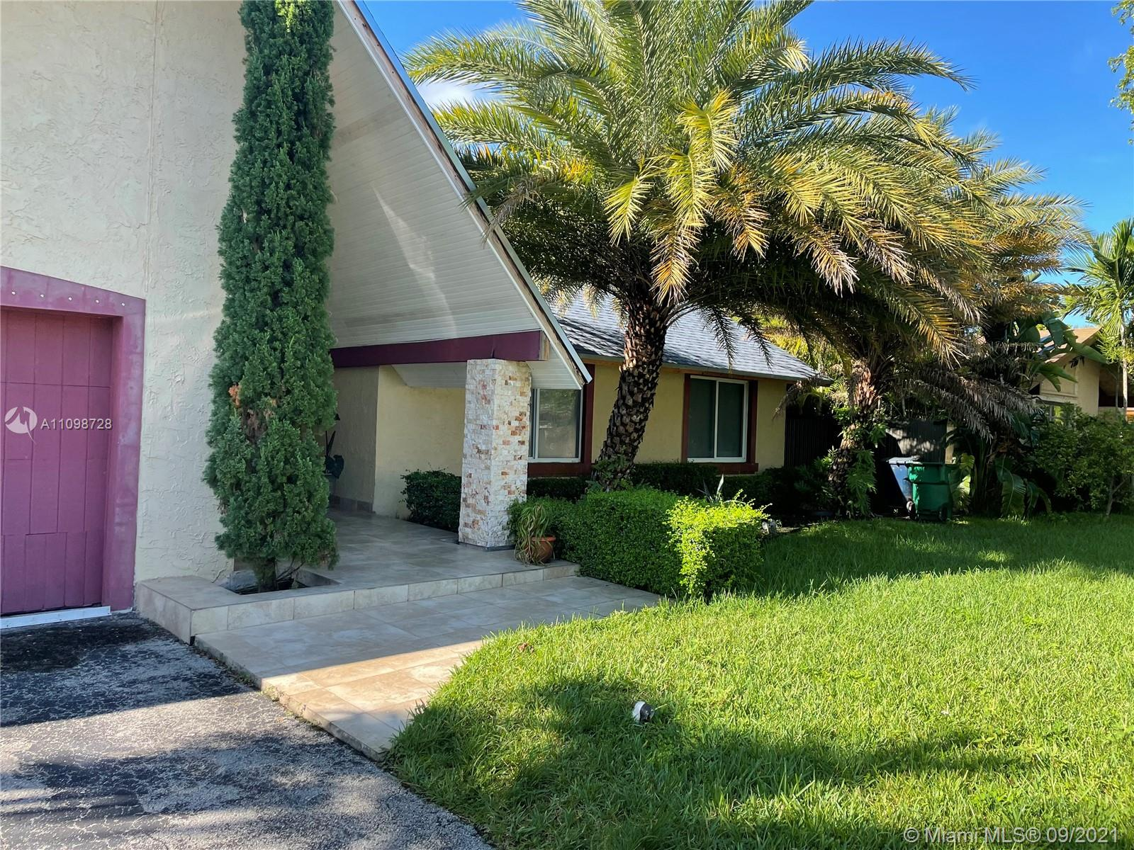 Welcome to a desirable neighborhood Calusa Club Estate !! This 4/3 amazing house is now at the market . Originally 3/2 . The four bath and bed is legally converted in an income producer studio, actually rented month to month for 1000 dollars . New roof , impact windows, remodeled baths , and a very relaxing pool at 7,500 sf backyard.call LA x lock box !!