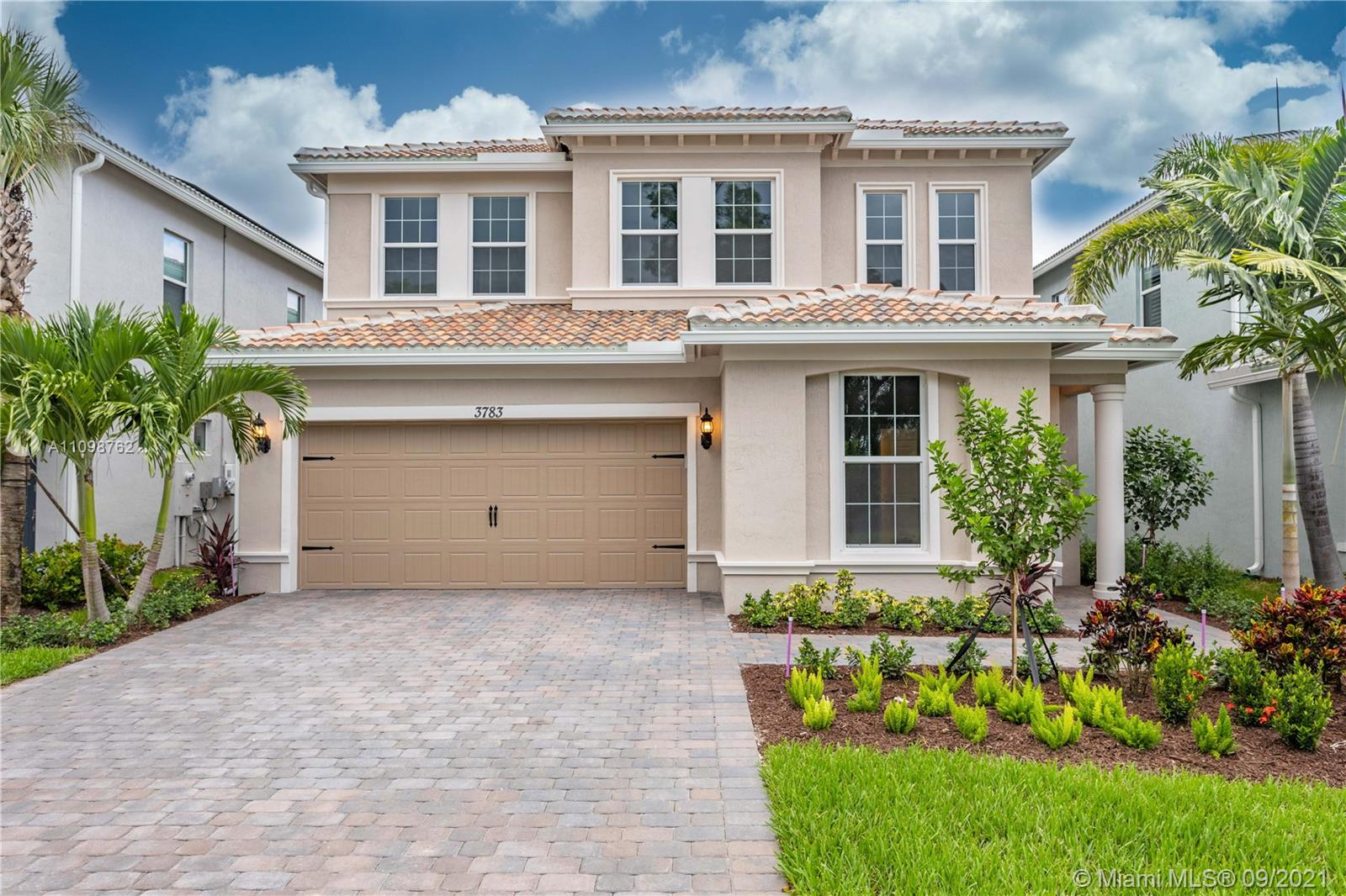 3783  Greenway Dr  For Sale A11098762, FL