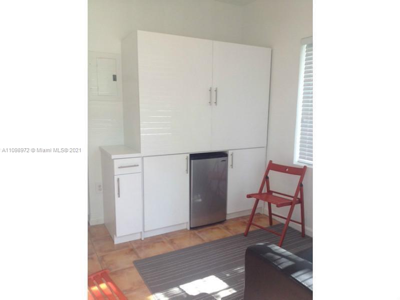 1455  Michigan Ave #7 For Sale A11098972, FL