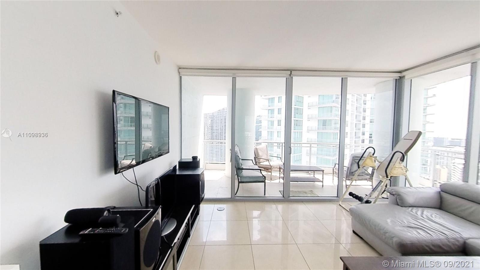 Apartment in The Ivy Condo, with 3 Beds / 3 Baths, with amazing view, incluided stainless steel appliances kitchen, refrigerator, diswasher, microwave, washer & dryer.  The building has greats amenities pools, gym, spa, lobby and more. Tenant is paying $3,575/Month and tenant has been there for 4 years already. Tenant occupied until January 9th, 2022
