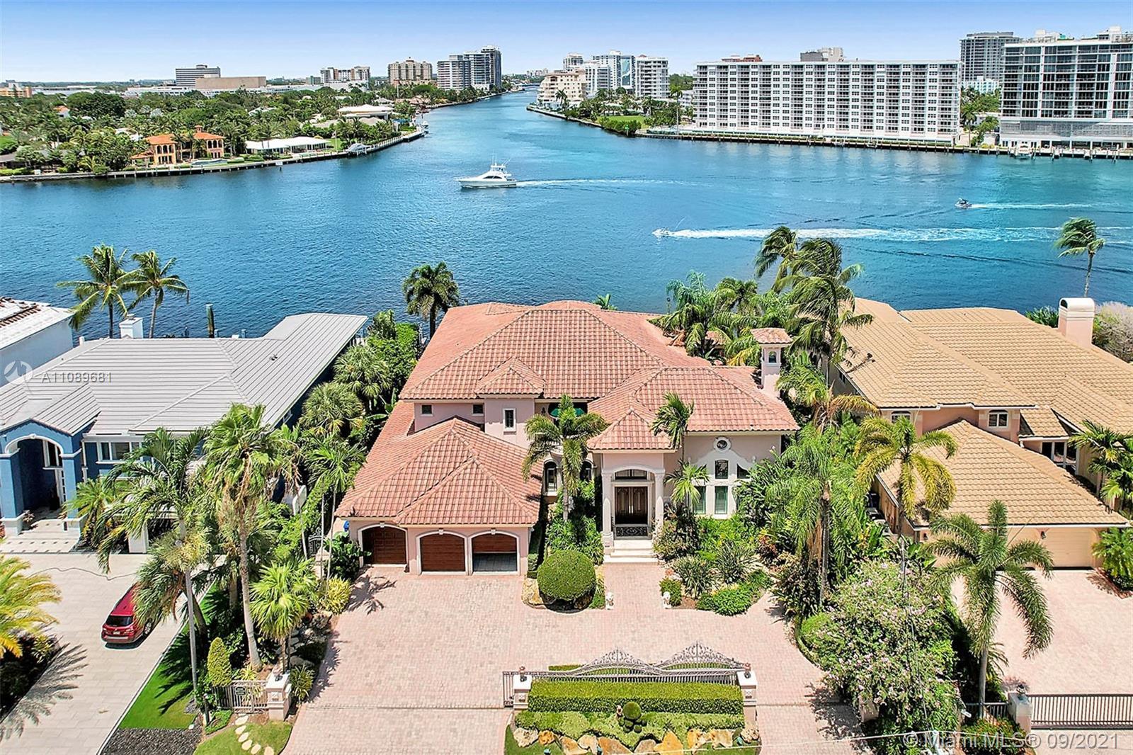 2543  Aqua Vista Blvd  For Sale A11089681, FL