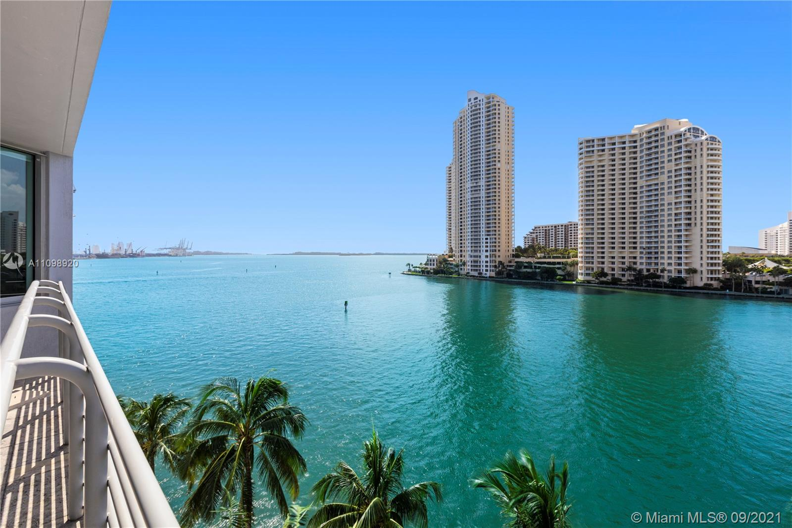 Beautiful 2 bedrooms 2 baths split plan condo with direct views of Biscayne Bay, Miami River and Brickell Skyline. Units comes fully furnished w/ tile floors, Italian kitchen cabinets, granite countertops, stainless steel appliances, marble bath tops. Bldg amenities incl: 2 pools, Jacuzzi, 2 Party Rooms, 2 Fitness Centers, Conf. Rm., Convenience Store, and 24 hrs security, valet, and concierge. Centrally located within minutes to SoBe, Grove, Gables, Key Biscayne, Design District, and Airport. Sales office in Bldg.