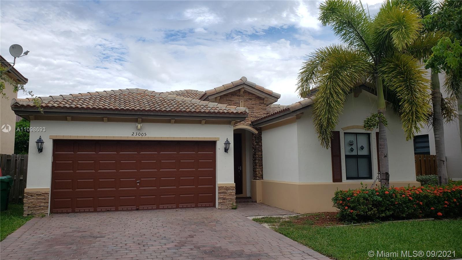 23005 SW 105th Ct  For Sale A11098693, FL