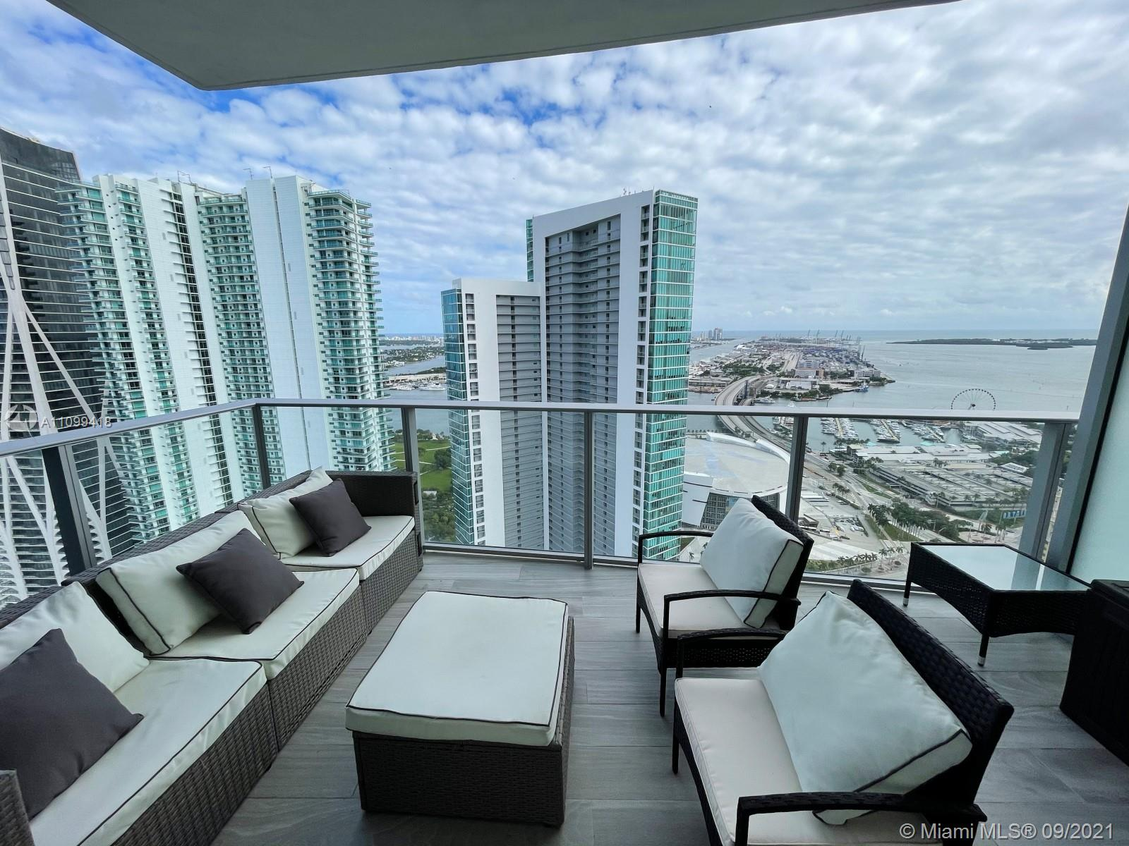 Spectacular 1,690 SQFT 2 Beds + Den + 3 Full Baths with water views residence! Subzero refrigerator. Private elevator foyer. 1valet 1 assigned