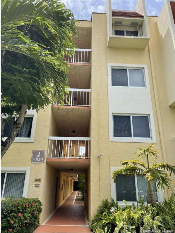 7820  Camino Real #304 For Sale A11099452, FL