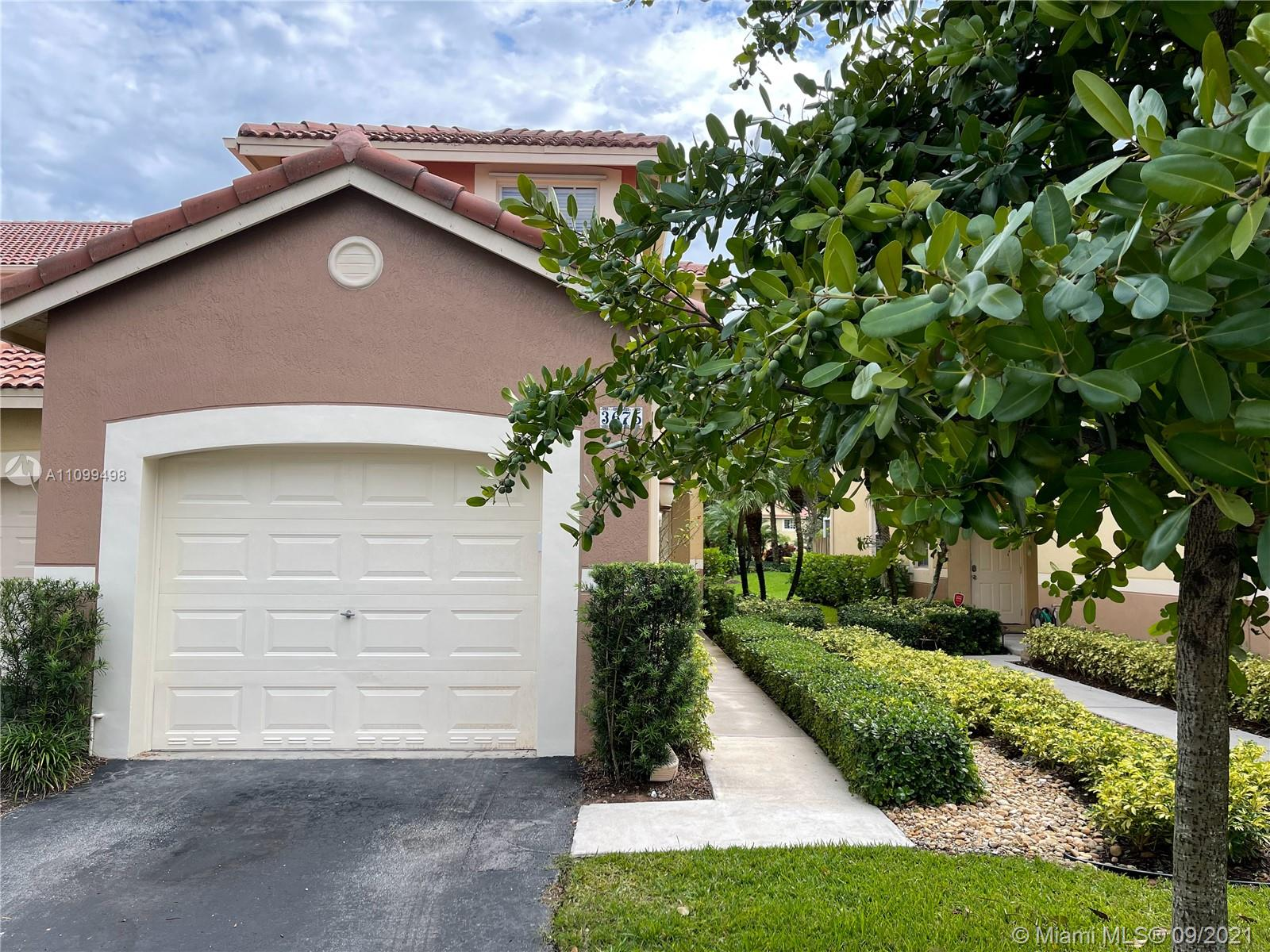 3675  San Simeon Cir #3675 For Sale A11099498, FL