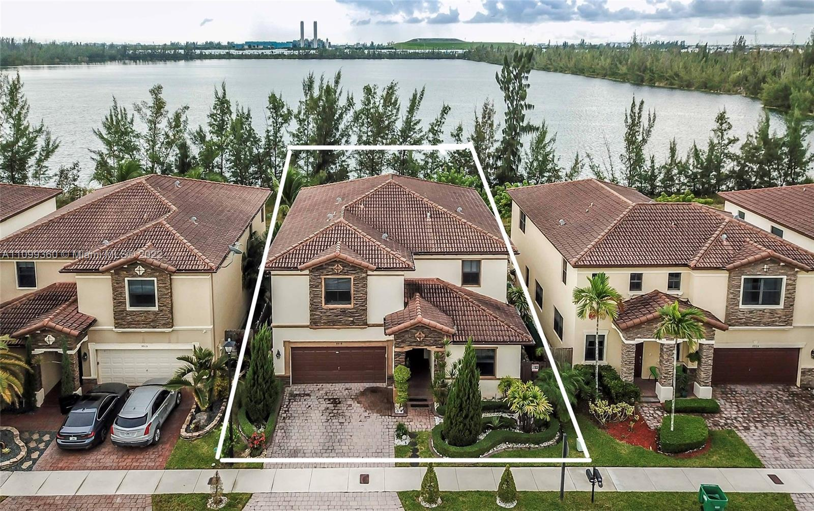 9918 NW 86th Ter  For Sale A11099360, FL