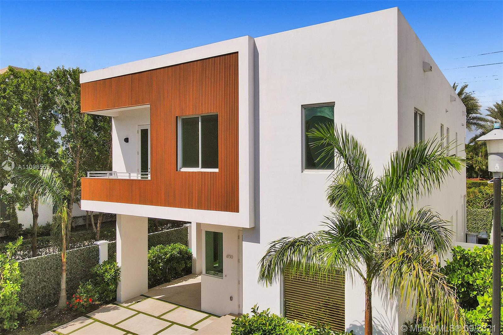 6730 NW 106th Ave  For Sale A11098555, FL