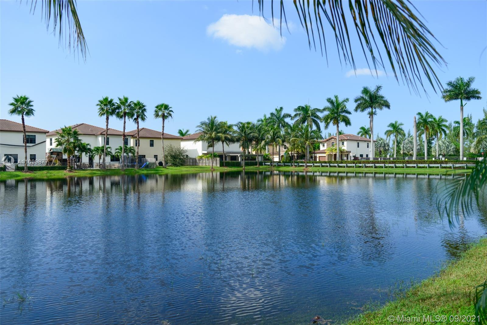 8860 NW 98th Ct  For Sale A11099877, FL