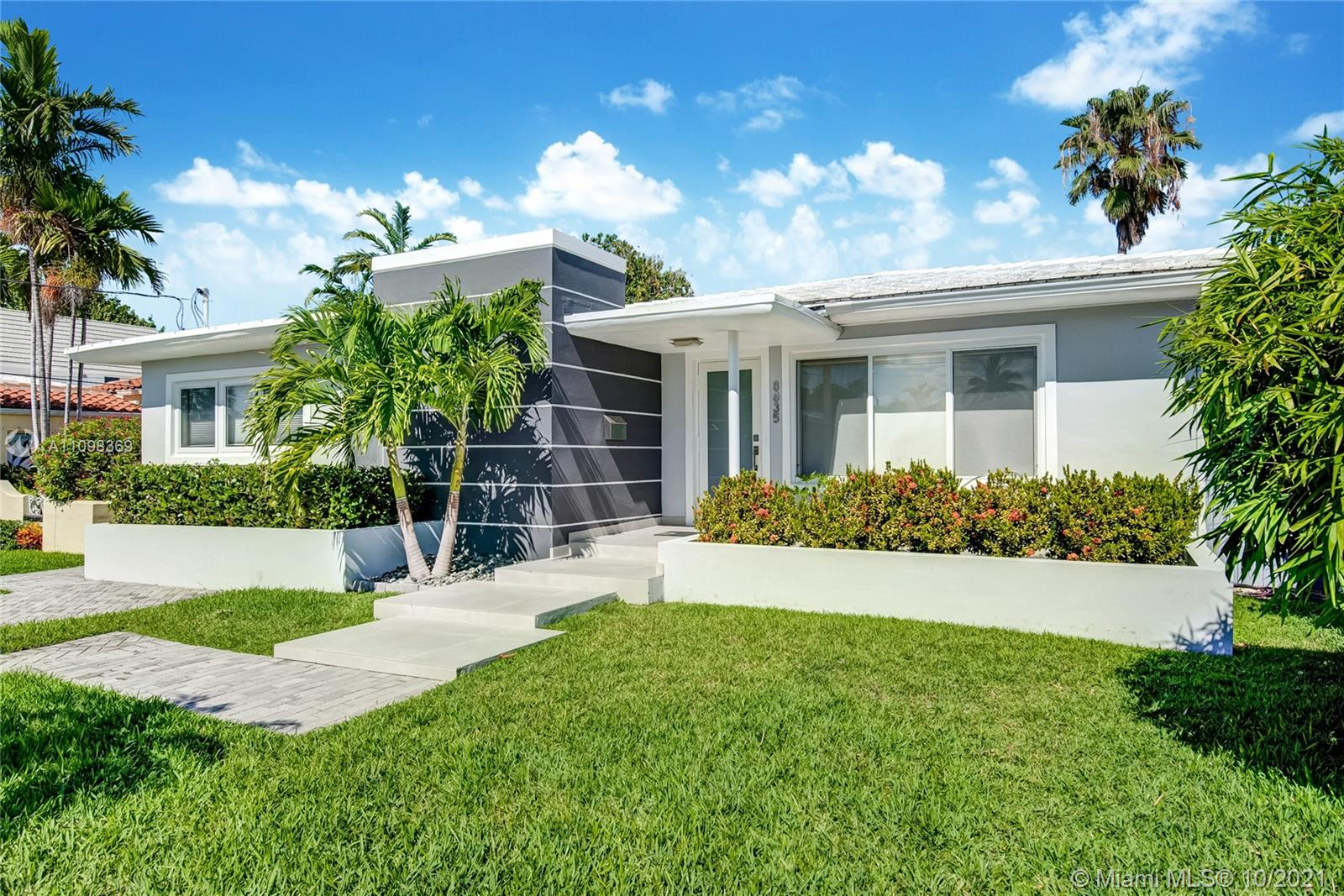 8835 Carlyle Ave, Surfside, Florida 33154
