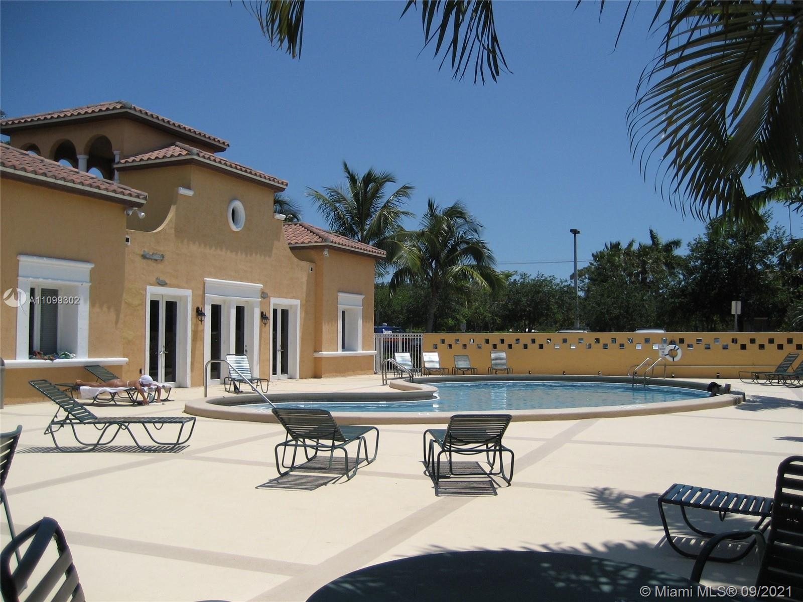 6709 N Kendall Dr #212 For Sale A11099302, FL