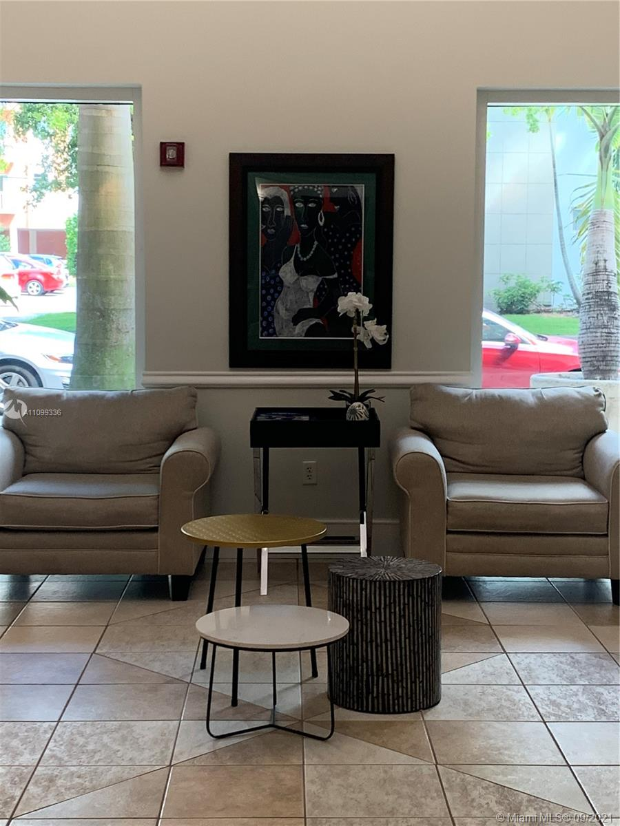 Furnished Great, spacious 1 Bedroom 1 bathroom with  Internet/basic cable & water are all included in rent. 1 assigned parking and plenty of street parking, is located in the beautiful downtown Coral Gables! Has spectacular amenities that include a community pool and fitness center. Art Galleries, Restaurants, more... Make you appointment now !!!