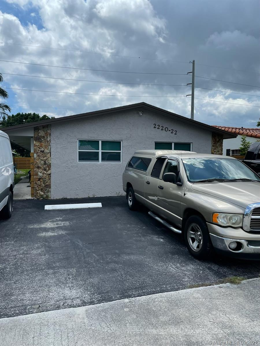 2220  Cleveland St  For Sale A11099882, FL