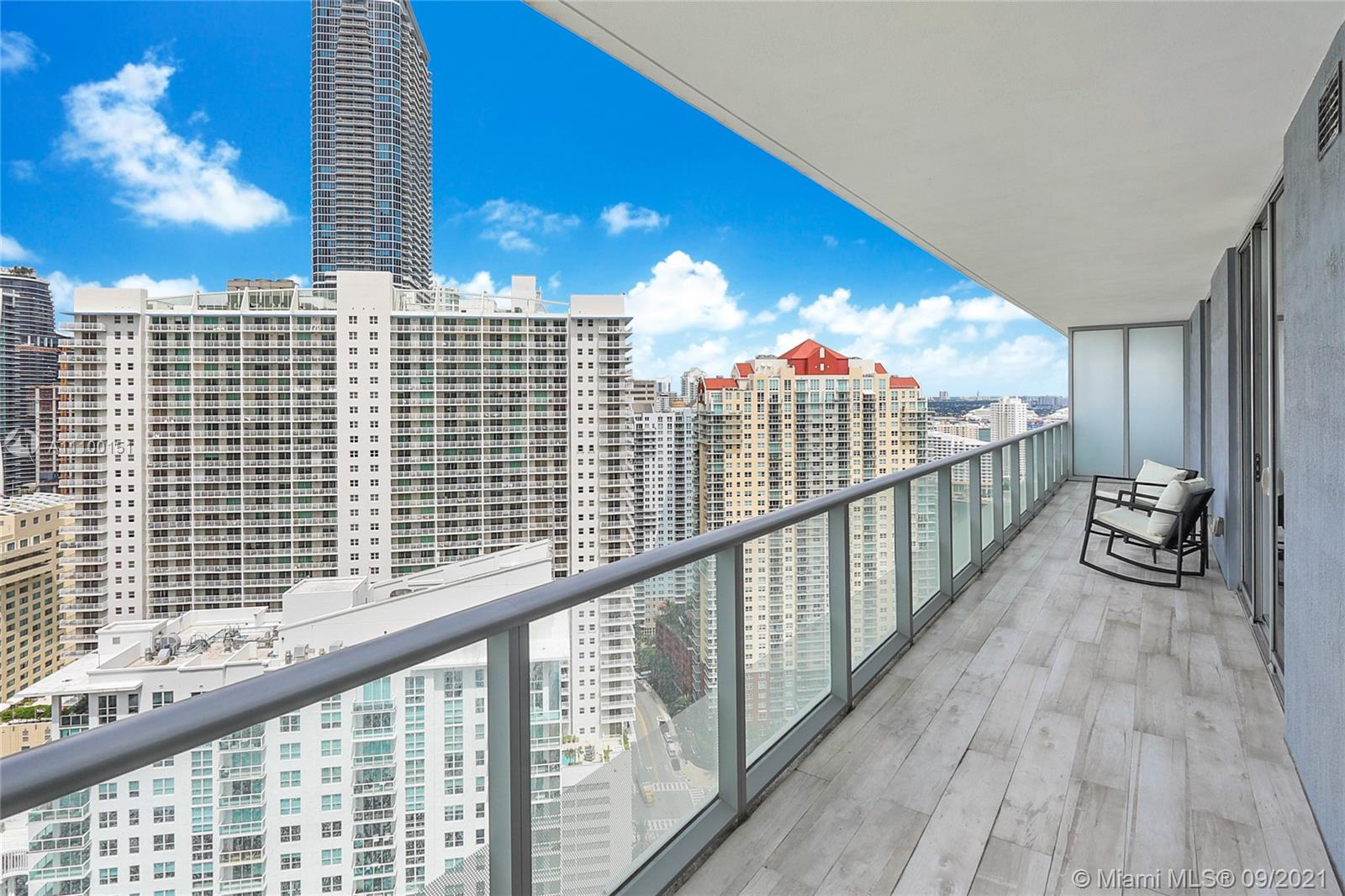 Spectacular & furnished 2 Bed + Den / 2.5 Bath unit at Brickell House with gorgeous Brickell skyline views from the 34 th floor. This unit features California Closets and Italian Porcelain flooring. Floor to ceiling windows. Gourmet kitchen and bathroom with imported European cabinetry, premium appliances and finishes. Amenities include, 24-hr welcome desk, lounge, HD screening room with10-ft screen theater-style seating, and two pools: Roof top Pool and 50 ft. long lap pool with poolside cabanas, sauna, spa, Barbecue Area, Fitness Center & Kid's Room. Unit is tenant occupied until 07.14.22.