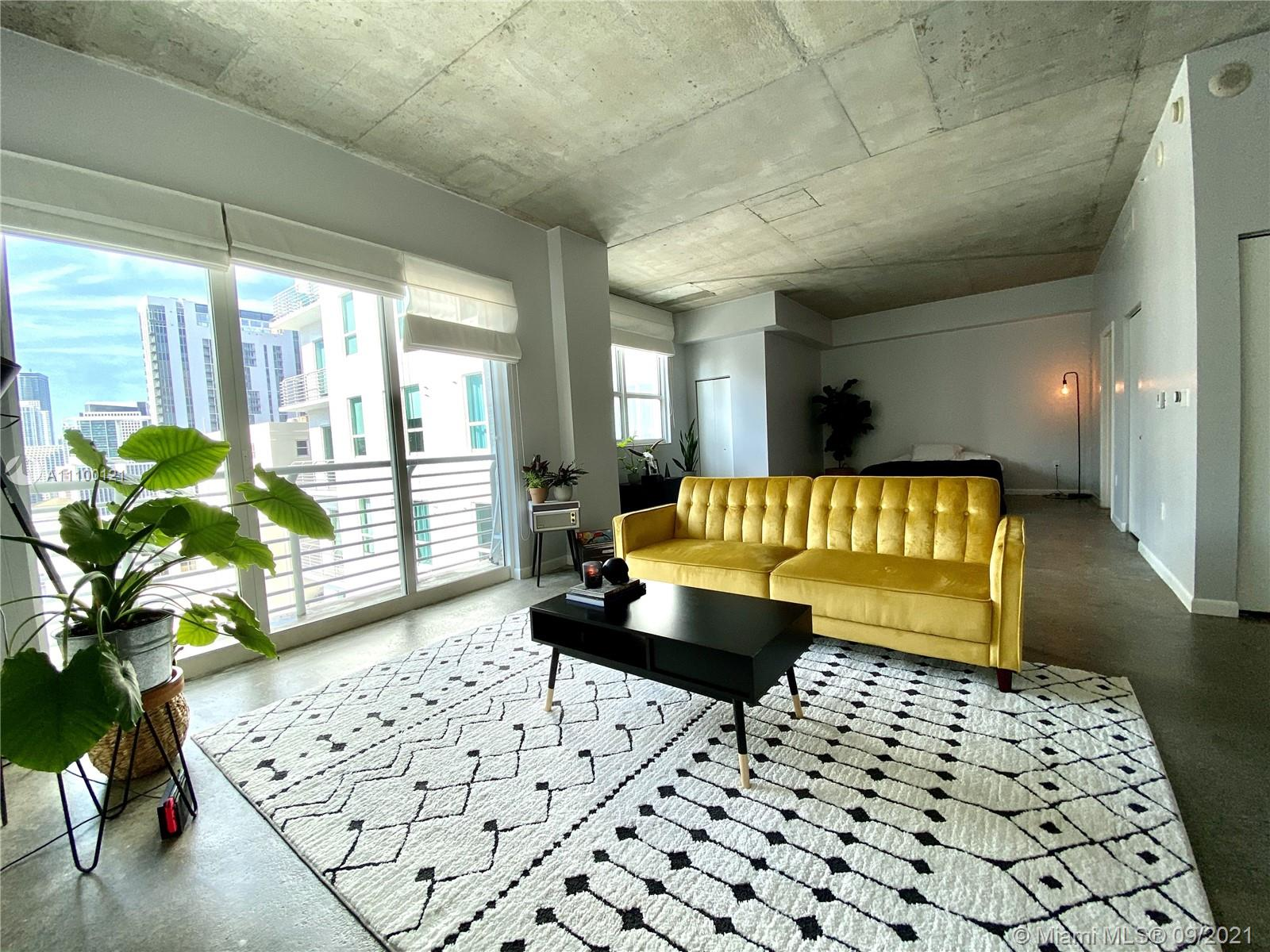 Beautiful spacious 1 bedroom loft. Perfect for an executive or professional. Concrete floors, exposed concrete ceilings, balcony overlooking city/ bay, modern kitchen with s/s appliances. Building offers great entertainment room, penthouse gym, great lap pool in garden, and Metro rail stop right downstairs. Building is a few blocks away from PAMM, Bayside, WholeFoods and movie theater. Largest 1 bedroom loft line in building and large walking closet. The Garage parking is across the street from the building for only $60 /month. Easy access to metro-mover, AAA arena, Miami-Dade College Bayfront Park, & More! No Pets! See attachment for applications!