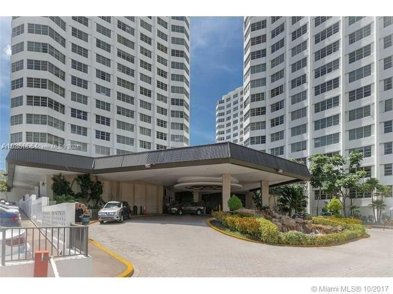 905  Brickell Bay Dr #927 For Sale A11099518, FL
