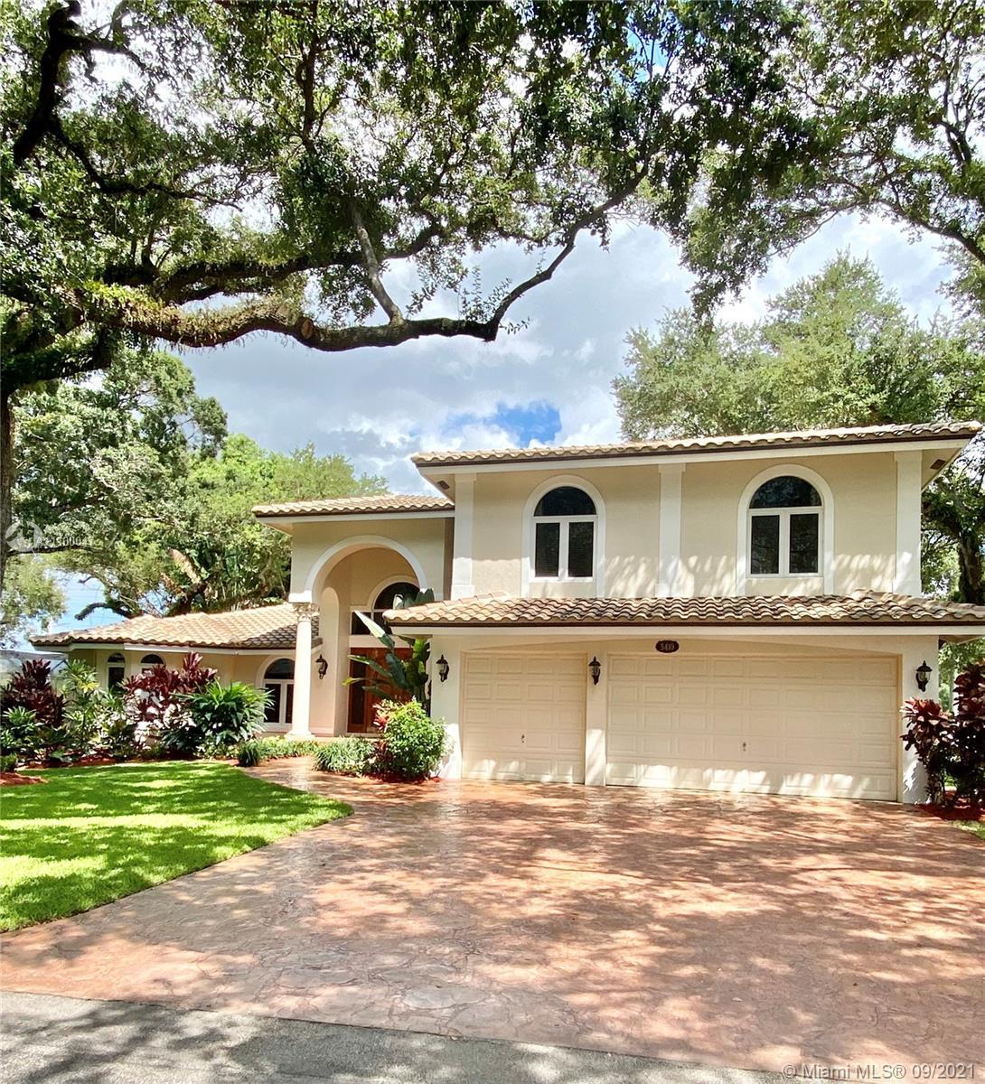 5410 Shady Oak Ln, Dania Beach, Florida 33312