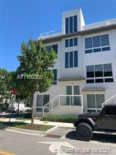 Beautiful house in Landmark at Doral > 4 bedrooms, 3 full bathrooms, 1 half bathroom, 4 floors, Elevator, terrace with barbecue. Porcelain floors and carpet in the bedrooms. House is furnished, The selling price includes some furniture . Really beautiful, Must see!