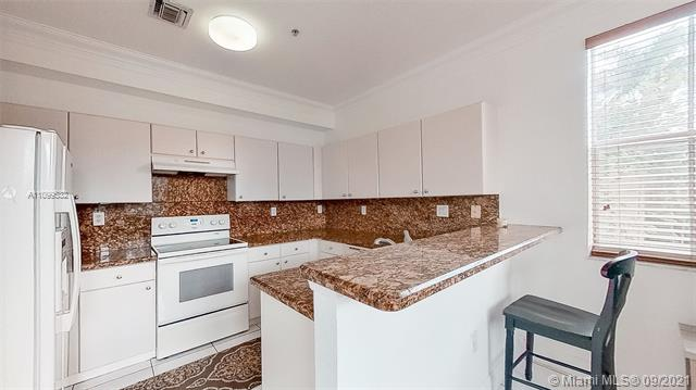 4425 SW 160th Ave #214 For Sale A11099532, FL