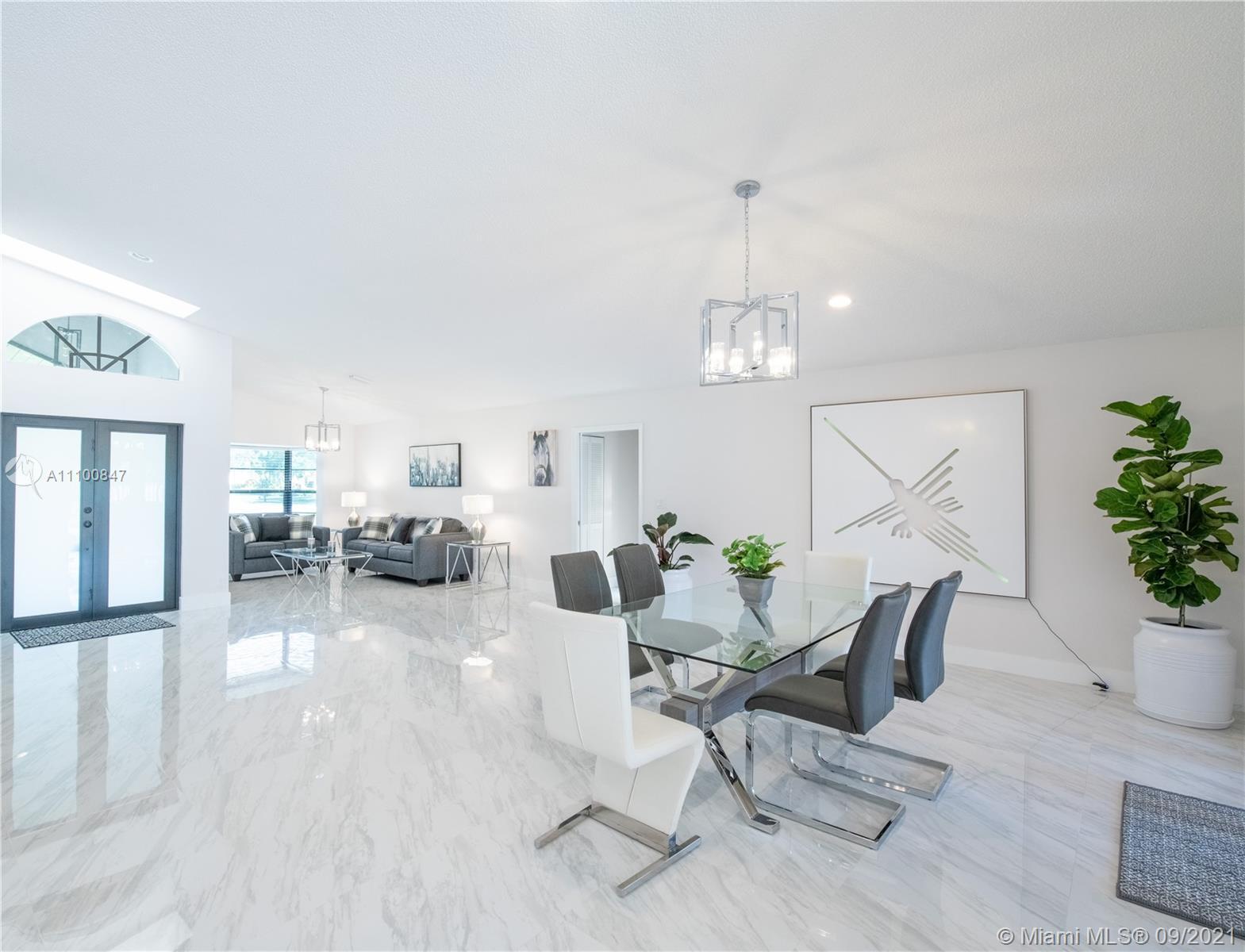 1300  Danbury Ave  For Sale A11100847, FL