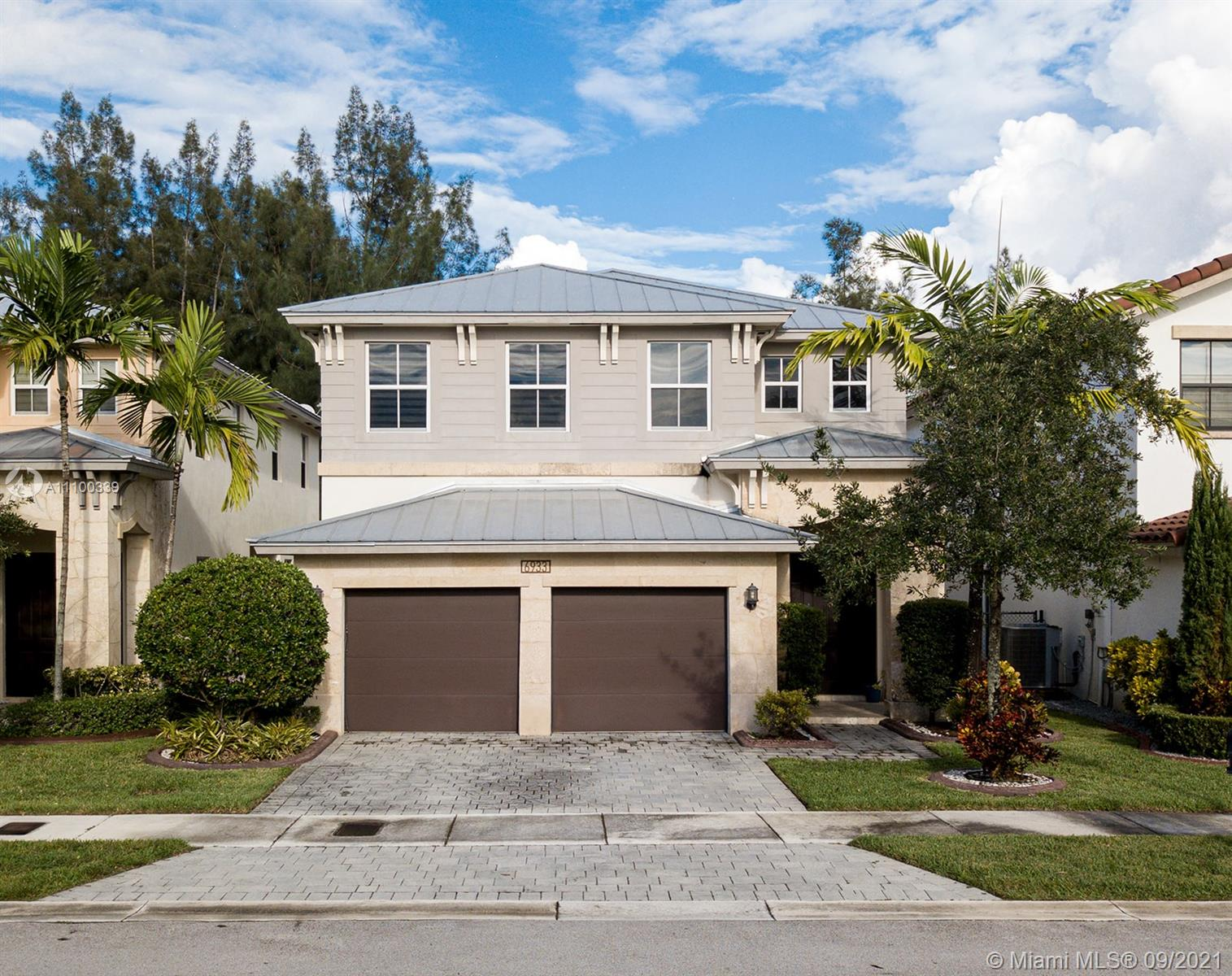 6933 NW 104th Ct  For Sale A11100339, FL