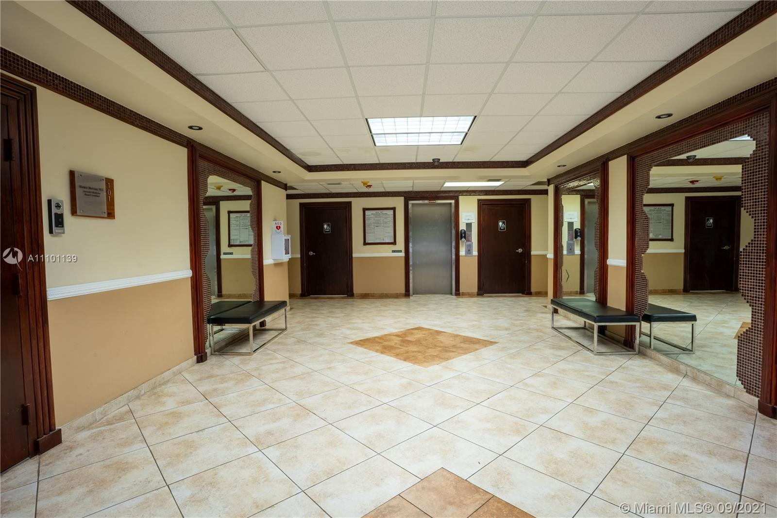 1601 N Palm Ave #302-A For Sale A11101139, FL