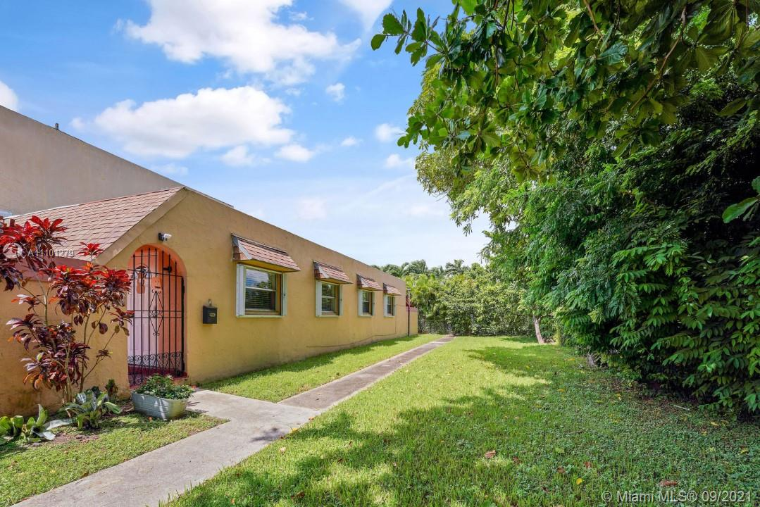 9501 SW 20th Ter #1 For Sale A11101279, FL