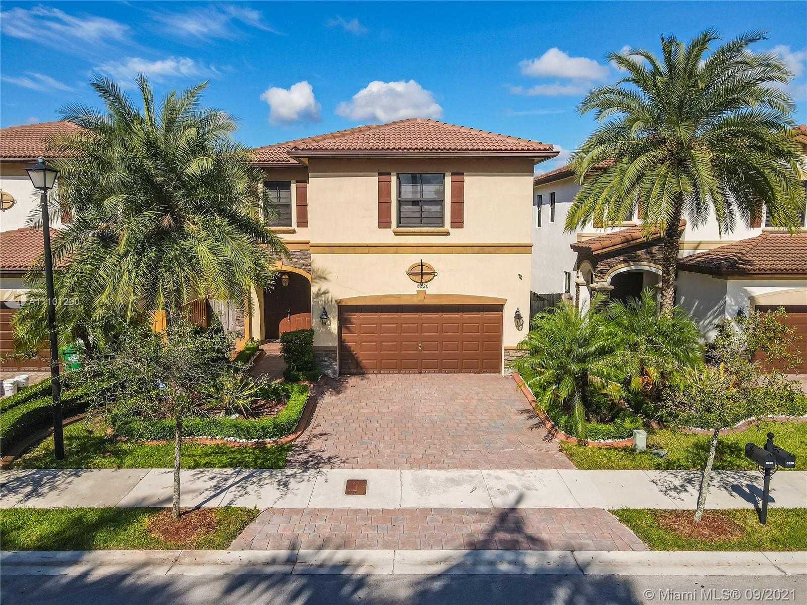 8820 NW 99th Path  For Sale A11101290, FL