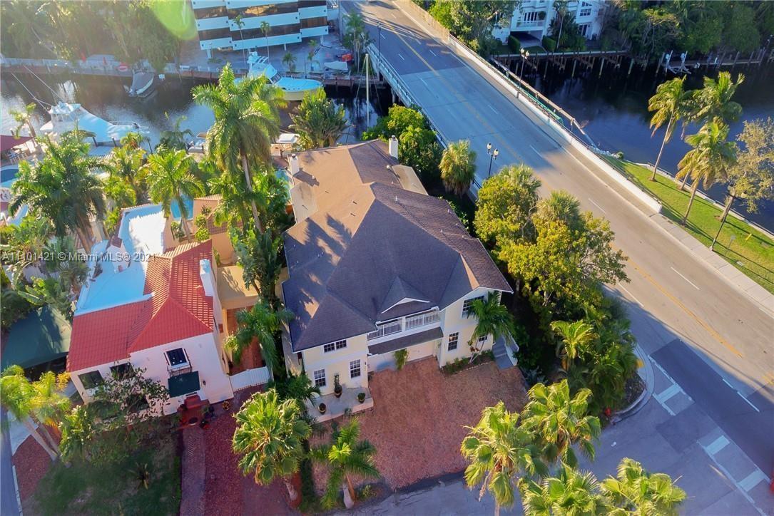 301  Isle Of Capri Dr  For Sale A11101421, FL