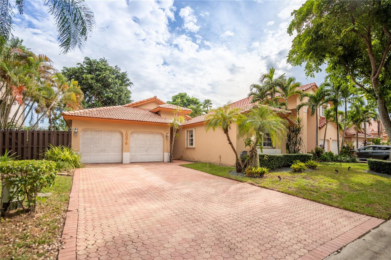 10876 NW 58th Ter  For Sale A11101547, FL