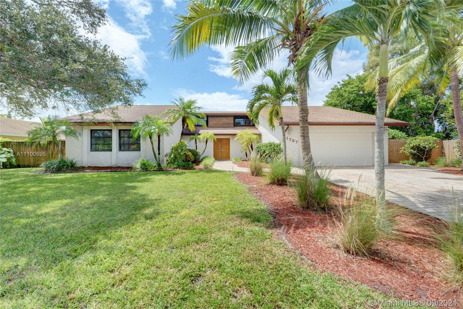 1787 Richard Ln, Palm Springs, Florida 33406