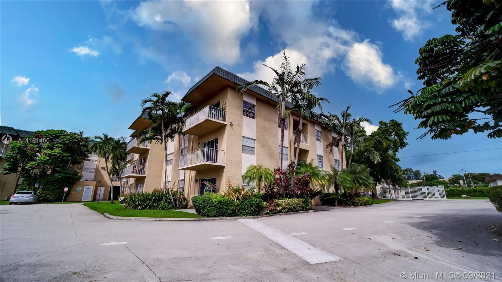 5400 SW 77th Ct #1A For Sale A11101460, FL