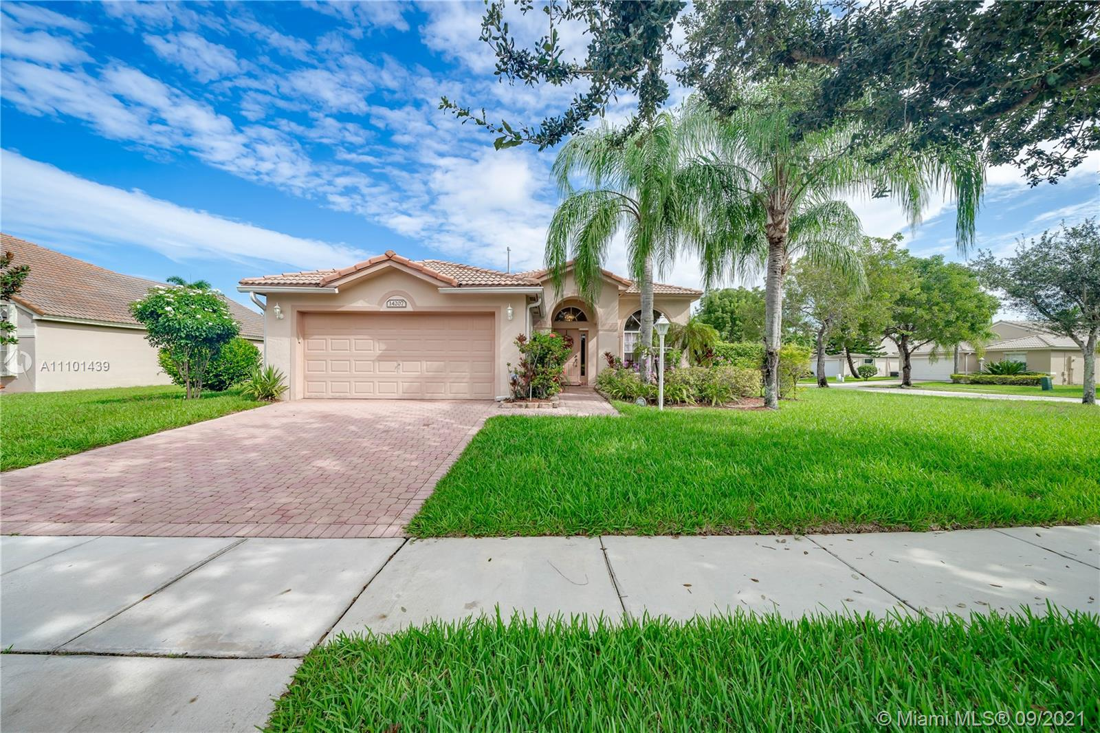 14207 NW 18th Mnr  For Sale A11101439, FL