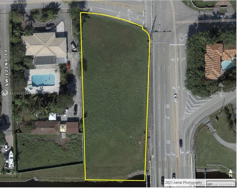 750 SW 122nd Ave  For Sale A11102432, FL