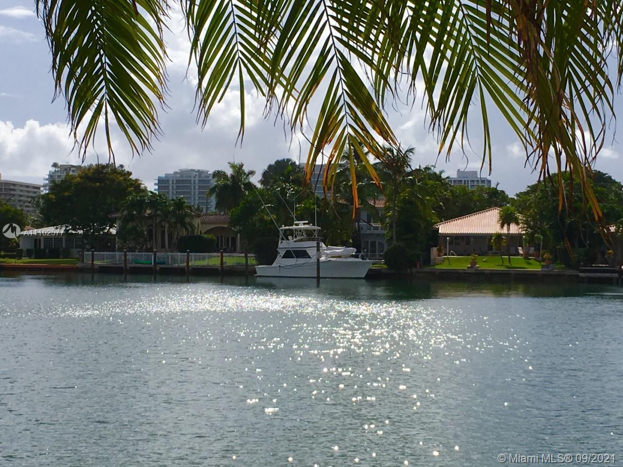 9111 E Bay Harbor Dr #2B For Sale A11102577, FL