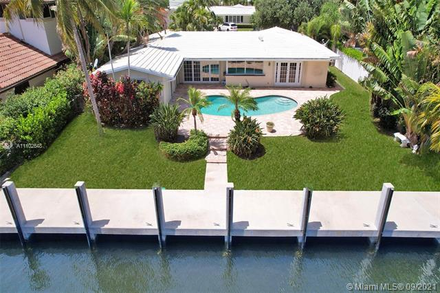 5220 NE 32nd Ave  For Sale A11102648, FL