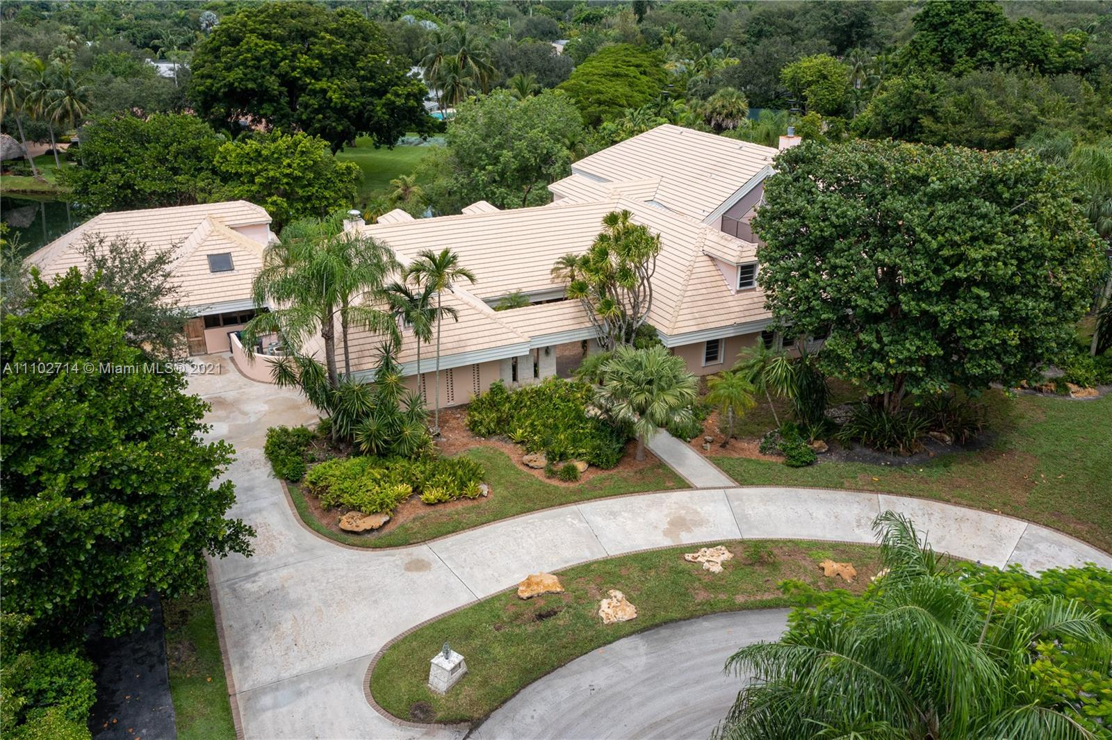 11000 SW 69th Ct  For Sale A11102714, FL