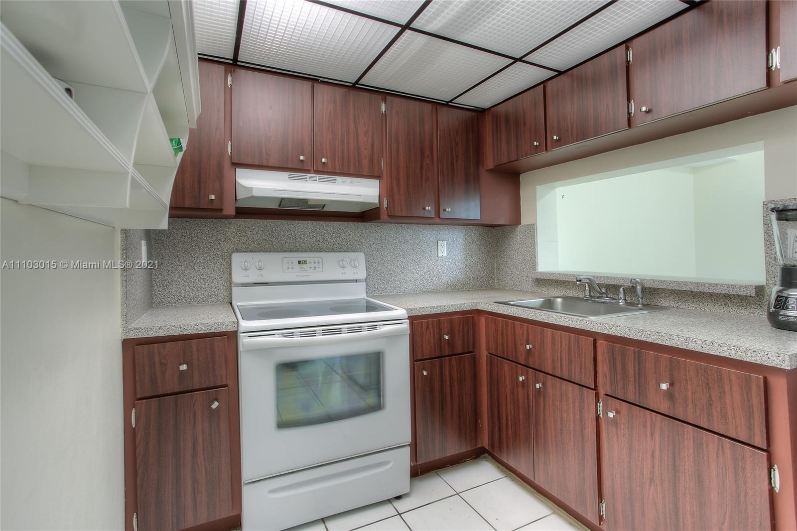 11790 SW 18th St #325-3 For Sale A11103015, FL