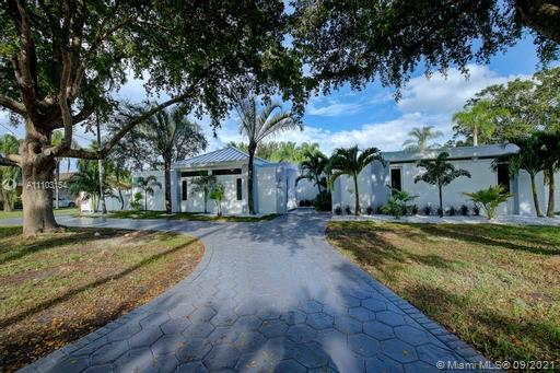 18555 SW 83rd Pl  For Sale A11103154, FL