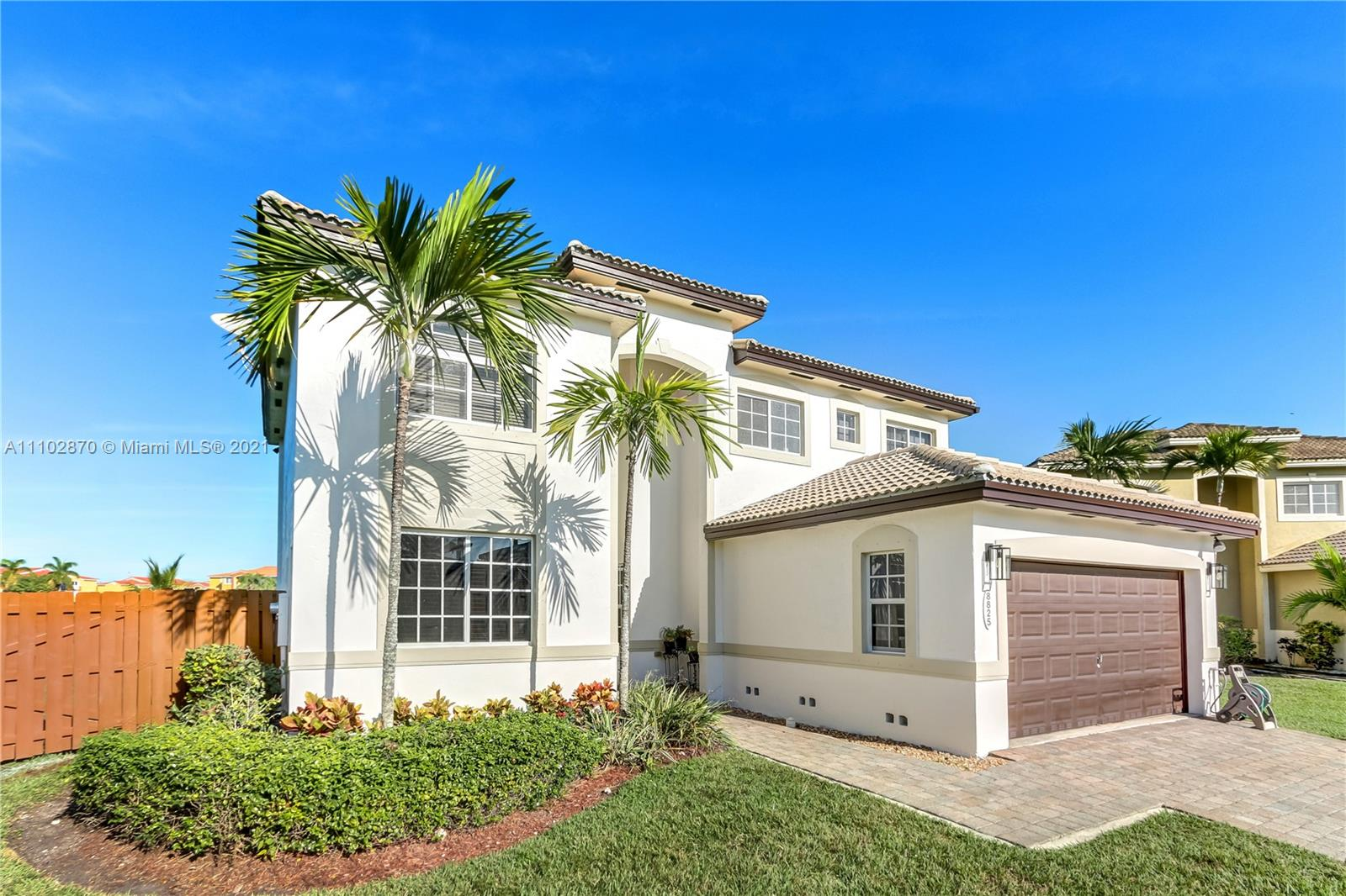 8825 SW 210th Ter  For Sale A11102870, FL
