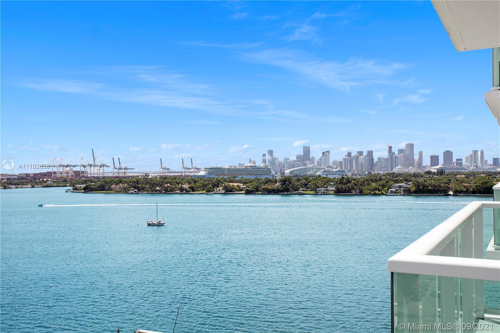 1000  West Ave #1129 For Sale A11102638, FL