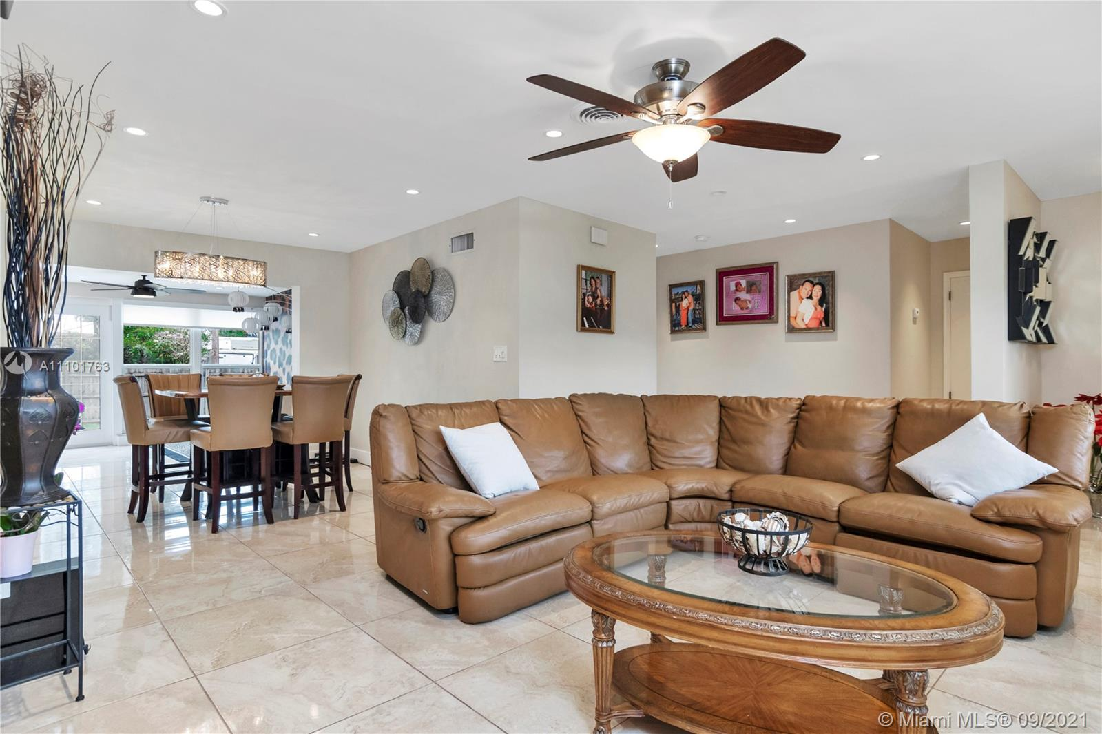 3343  Coolidge St  For Sale A11101763, FL