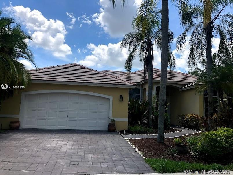 2694  Meadowood Ct  For Sale A11103176, FL