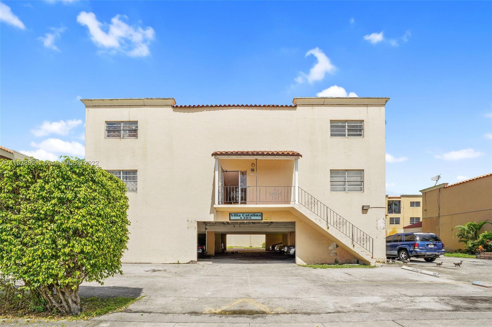 1305 W 53rd St #203 For Sale A11102889, FL